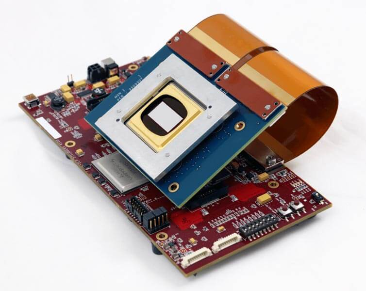 DLi4120 .95 1080p Essentials Development Kit (Side)