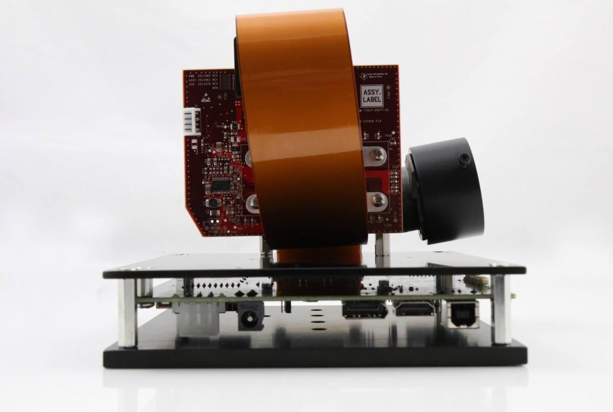DLi6500-Fiber .65 1080p Type-S RAY Optics Bundle (Back)
